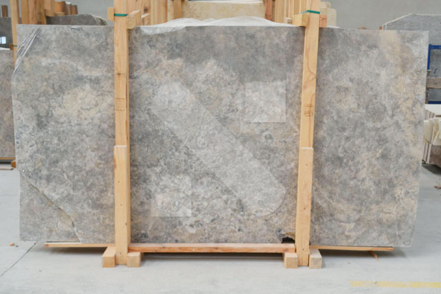 travertine-silver-turkey-slabs